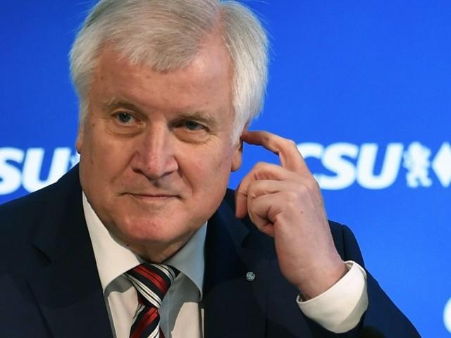 Seehofer: Bleiben bei Fraktionsgemeinschaft mit CDU