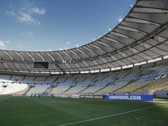 Governo inicia pelo Flamengo a série de conversas com clubes sobre Maracanã