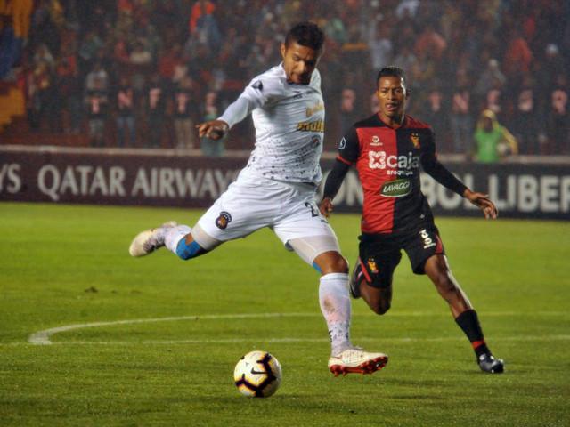 Melgar vence e abre vantagem para integrar grupo do Palmeiras