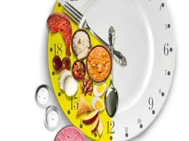 Jejum intermitente: entenda como comer com hora marcada queima gordura