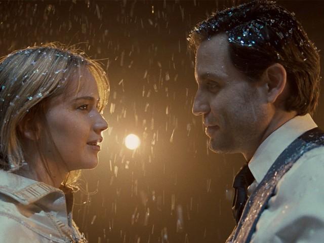 Globo exibe o filme Joy: O Nome do Sucesso na Tela Quente de segunda-feira, 20 de maio de 2019