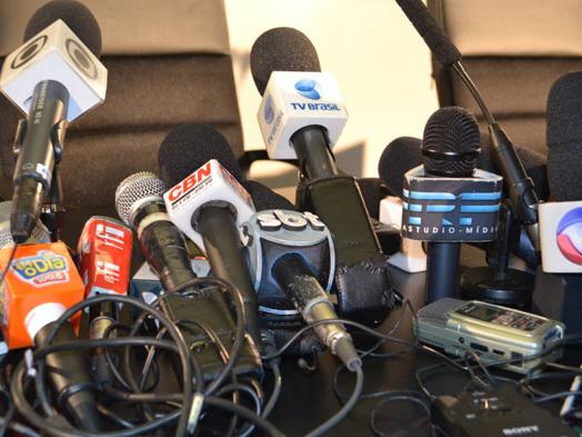 Emissoras de TV deixarão de exibir programas para transmitir julgamento