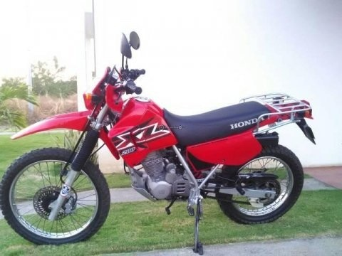 Vendo Honda XL 200 año 2013 unico dueño