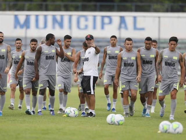 Vasco tem primeira pausa em 2020: confira o que nove jogos revelam sobre time