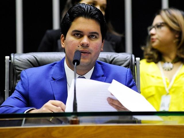 Novo presidente do PP nega haver resistências no partido à filiação de Bolsonaro