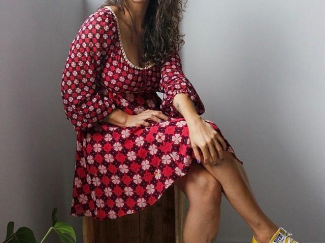 Pensando em consumo consciente, empreendedora cria 'Guarda-roupa Coletivo' em Caruaru