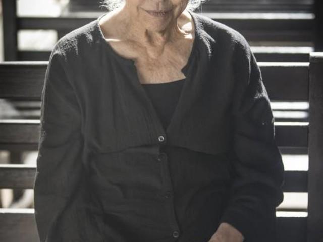 Fernanda Montenegro promove chacina em 'A dona do pedaço': 'A gente é ator, aprende a atirar´