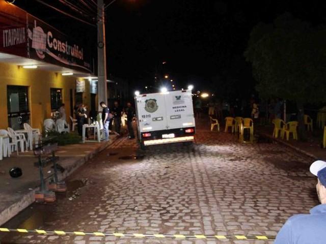 Dois são mortos a tiros em 'espetinho' na cidade de Mossoró, RN