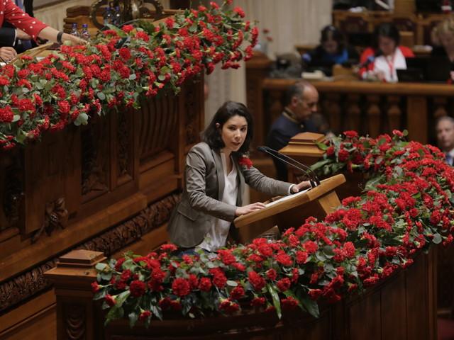 Cisão no Bloco de Esquerda em Almada com críticas a Joana Mortágua e estratégia do partido