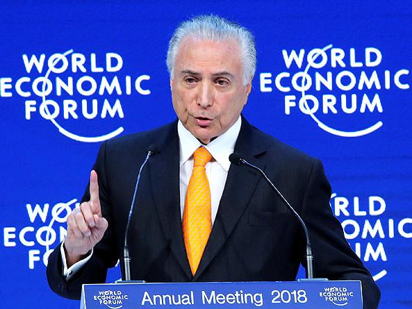 Eleição não atrapalha reformas, diz Temer em Davos