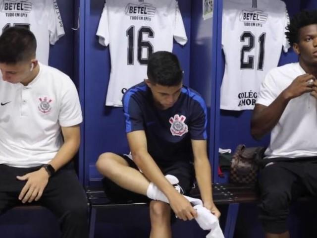 Bastidores de Corinthians 2 x 1 Grêmio pela Copinha