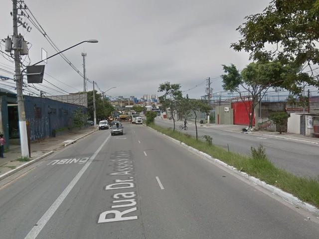Homem morre após capotar carro na Zona Leste de SP