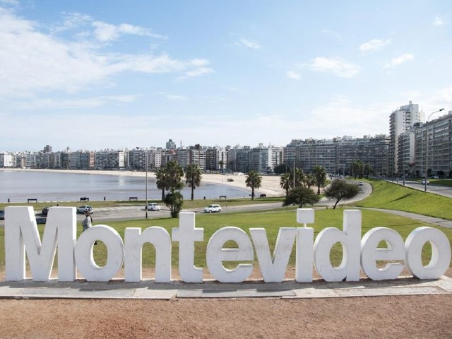 Uruguay's real estate agents expect flood of purchases from Argentina once borders reopen