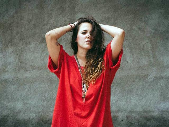 Atração do Lollapalooza, Tiê diz que seu álbum 'Gaya'reflete sua busca pela própria intuição