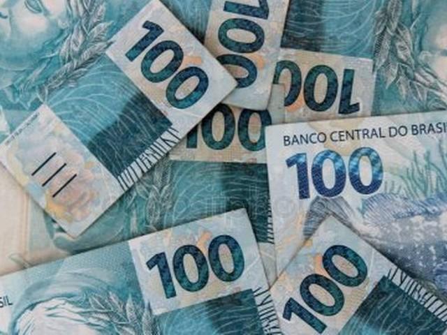 Governo terá de cortar investimento e gasto para reajustar salário mínimo