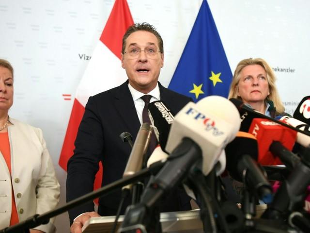 Strache tritt als Vizekanzler und FPÖ-Chef zurück