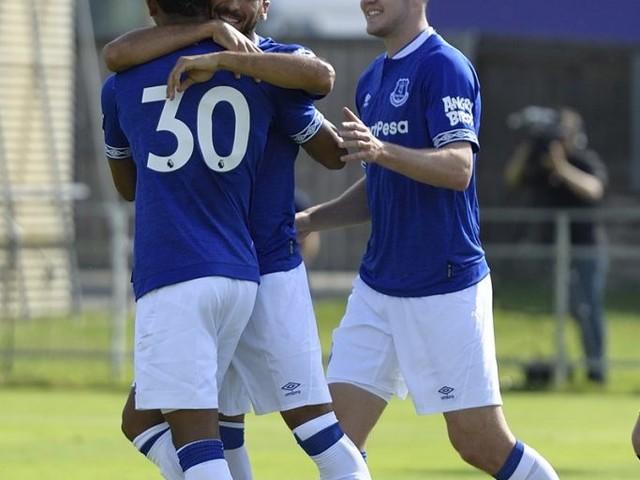 Em duelo nada equilibrado, Everton vence amistoso por 22 a 0