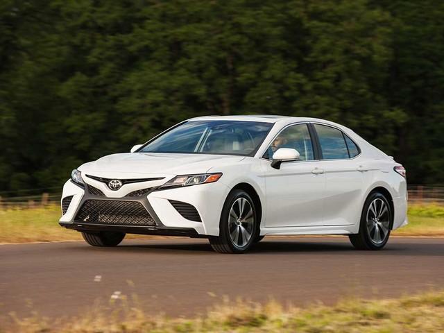 Novo Toyota Camry chegará ao Brasil nos próximos meses