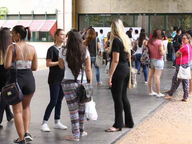 Provas de Matemática e Ciências da Natureza do Enem serão aplicadas neste domingo em todo o Brasil