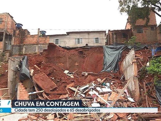 Mais de 20 casas são interditadas por causa da chuva em Contagem, na Grande BH