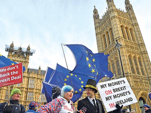 """Brexit: Reino Unido prestes a entrar em """"território desconhecido"""""""