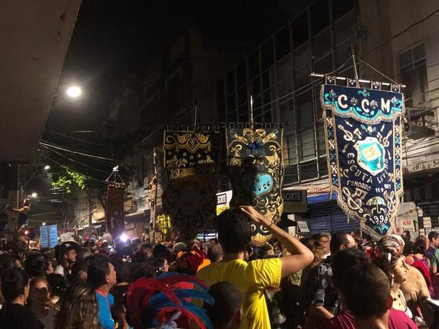 Escuta Levino exalta frevo de bloco e anima foliões no último dia antes da abertura do carnaval do Recife