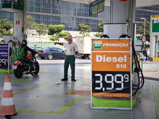 Tabela de frete deve gerar gastos de R$ 3,3 bi a indústria de SP em 2018, diz Fiesp