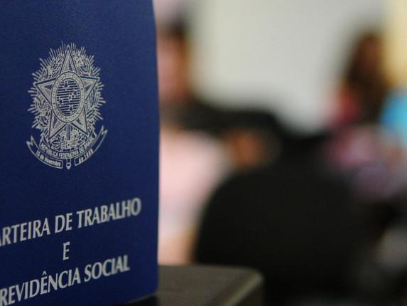 Brasil abre 35,4 mil novas vagas de emprego em agosto