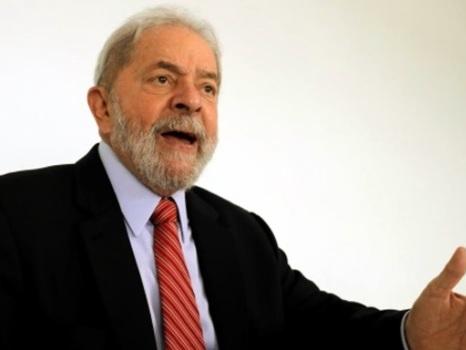 """Lula provoca Huck: """"Quero enfrentar alguém com o logo da Globo na testa"""""""