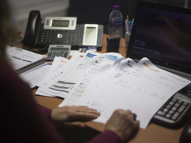 Faturação eletrónica: Como passar de obrigação legal a ferramenta de poupança
