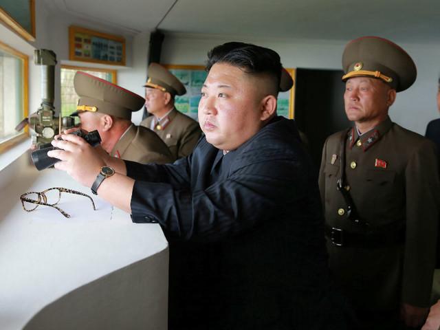 China suspende abastecimento de gasolina na Coreia do Norte
