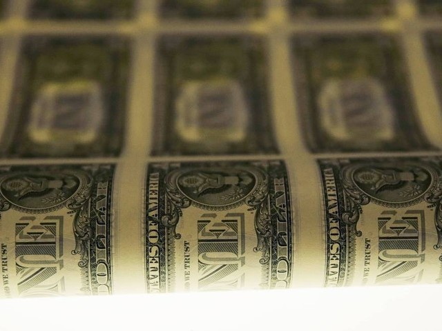 Dólar opera em queda, valendo R$ 4,03 nesta quarta; Bolsa registra alta