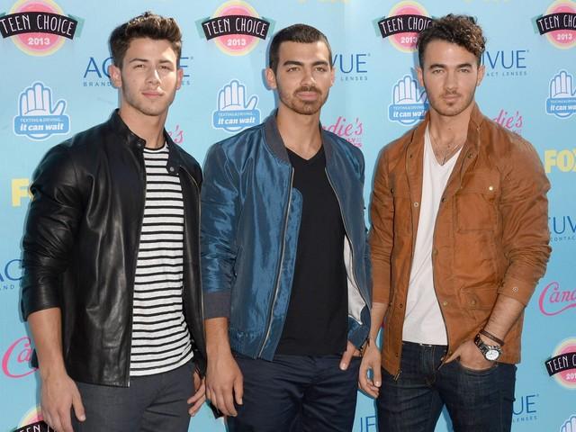 Jonas Brothers devem voltar aos palcos após seis anos separados