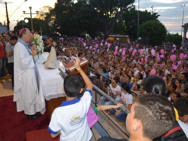 Peregrinação da imagem do Círio de Nazaré em Santarém encerra com missa na Matriz