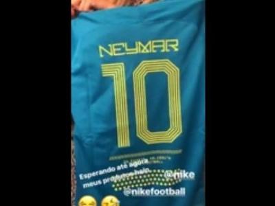 Neymar fica sem produto da própria linha e brinca: 'só não chegou pra mim'