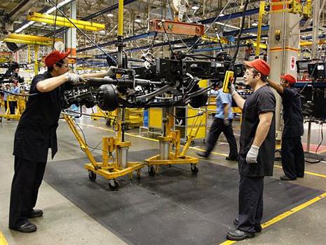 Indústria nacional não planeja voltar a expandir fábricas em 2018