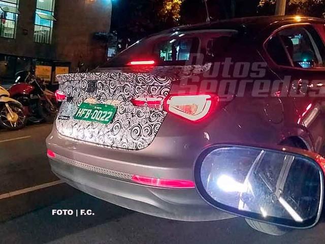 [Flagra] Fiat testa kit esportivo para o Cronos 2020