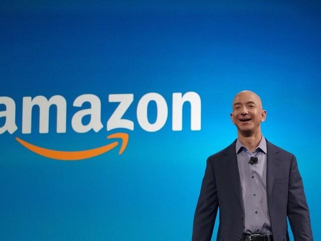 Jeff Bezos, da Amazon, é eleito a personalidade do ano pelo ReCode