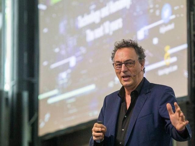 Guru futurista aconselha ricos a não investirem mais no Facebook