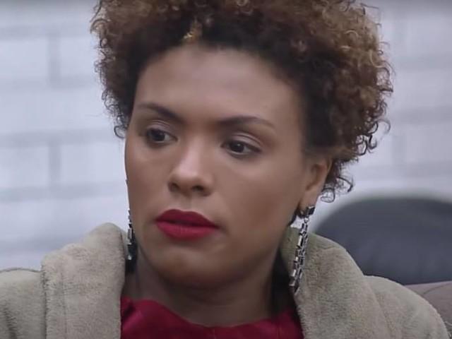 """A Fazenda 12: Em noite de eliminação Lidi Lisboa, na berlinda questiona: """"Será que dessa vez eu vazo?"""""""