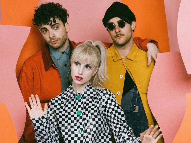 "Paramore confirma ""Fake Happy"" como seu novo single e nós estamos realmente felizes"
