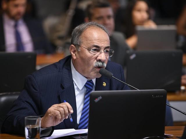 Barroso determina afastamento do senador Chico Rodrigues por 90 dias