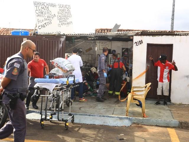 Acidente com esmeril e explosão deixam 2 trabalhadores em estado grave em Franca, SP