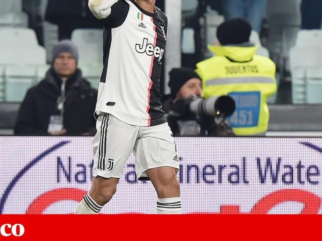 """Juventus reforça liderança em Itália com """"bis"""" de Ronaldo"""