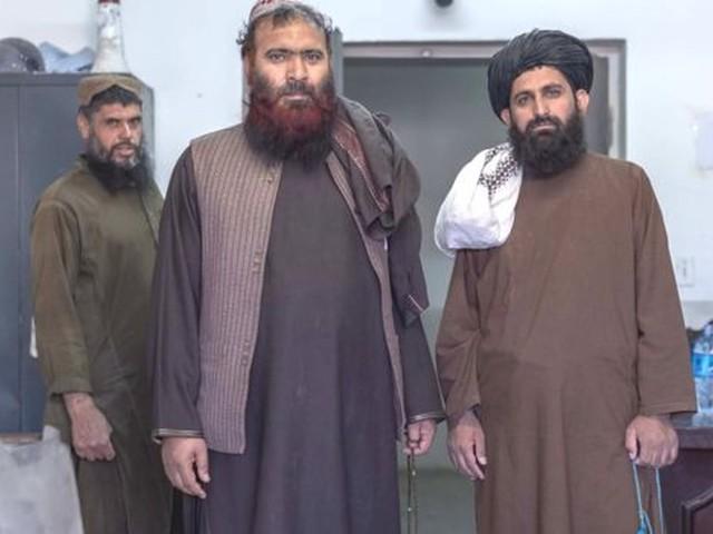 Como é o interior da maior prisão do Afeganistão, que abriga 2 mil presos do Talebã