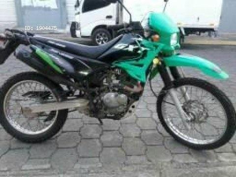 VENDO MOTO GENESIS GXT 200..ACEPTO CAMBIO