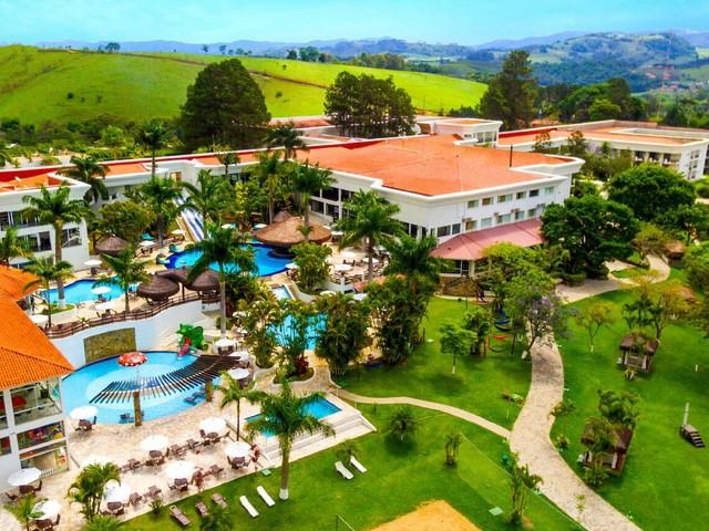 Diárias promocionais com pensão completa no Vale Suíço Resort a partir de R$ 807