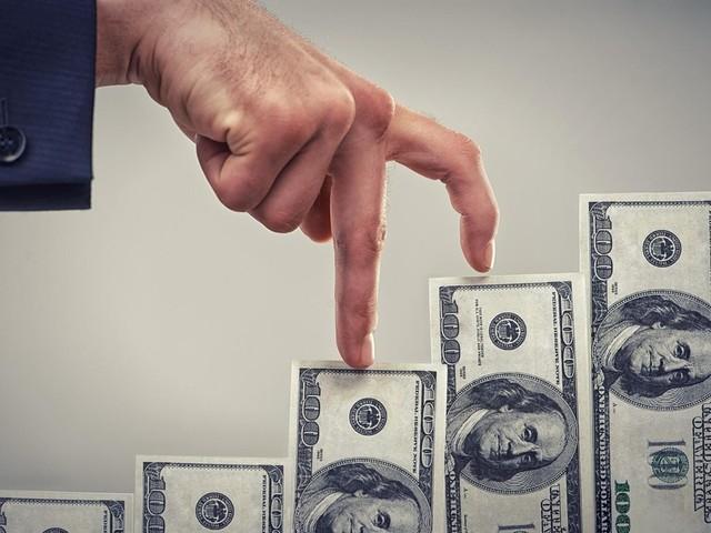 Dólar volta a subir, ronda R$ 4,23 e afeta Ibovespa