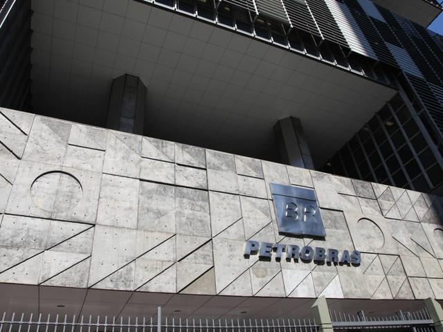 Petrobras quer ampliar em 40% numero de mulheres em chefias