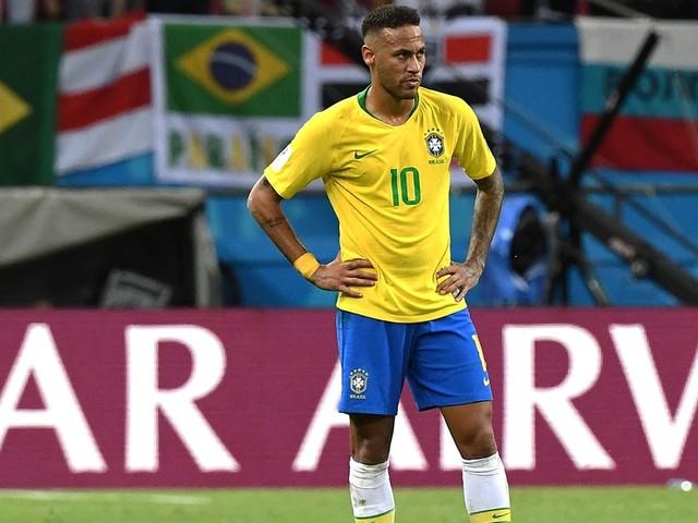 Pai de Neymar é recebido por Guedes e secretário da Receita em Brasília